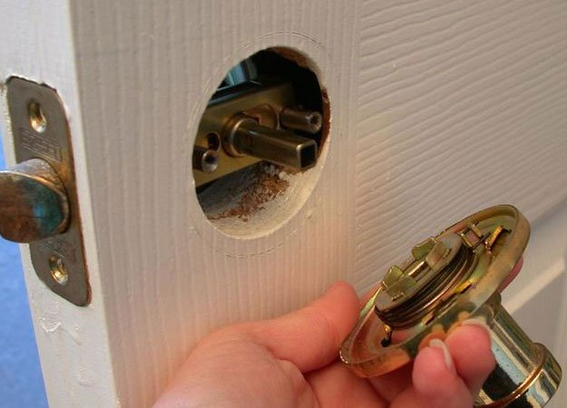 Fix a Door Lock