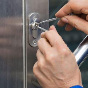 Locksmith Spokane WA commercial lockout