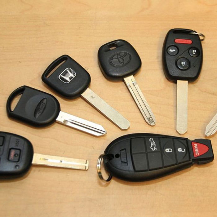 Locksmith Spokane transponder key programming