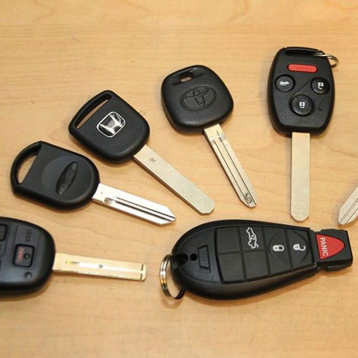 Locksmith Spokane transponder key programming